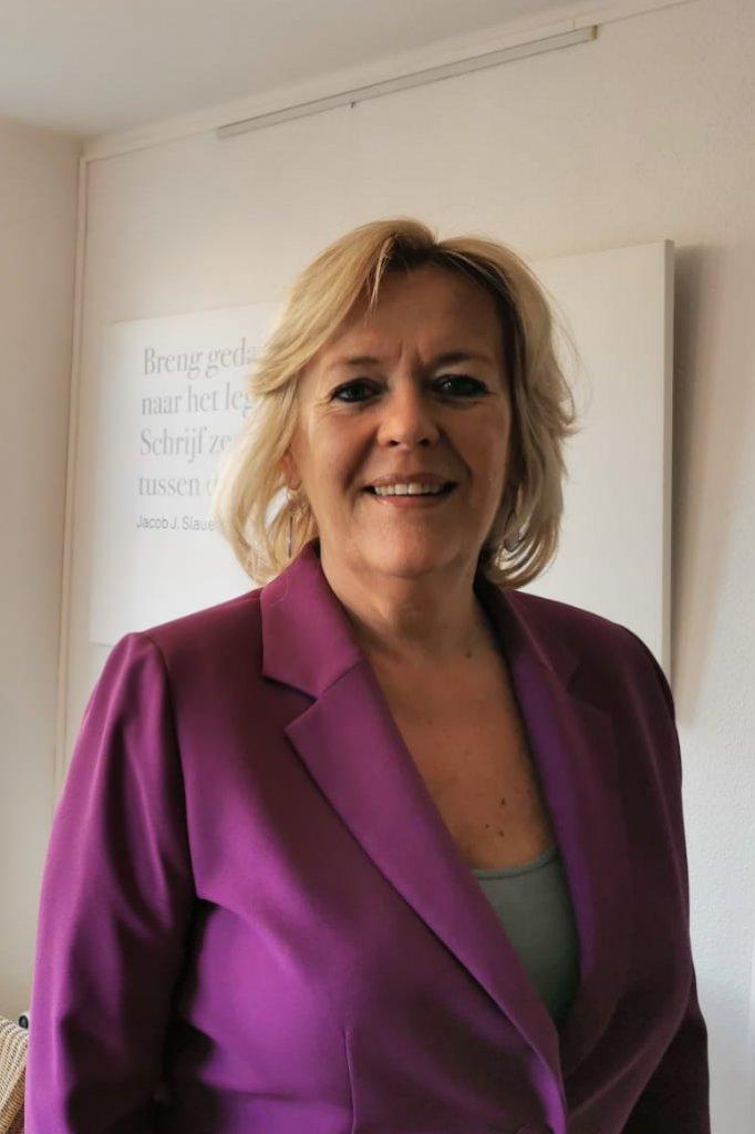 Barbara Kok is eigenaar en oprichter van Burn-Out Poli